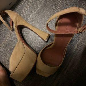 [amina muaddi] platform biancasa sandal